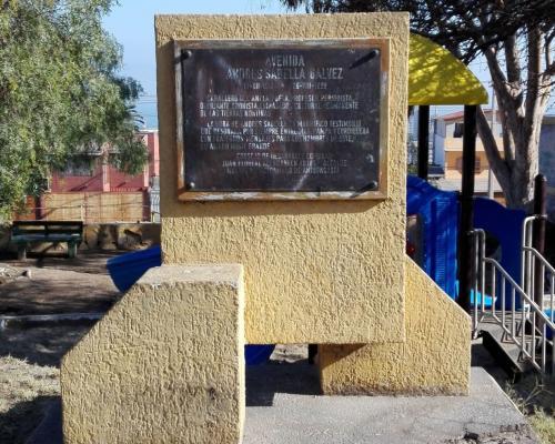 Imagen del monumento Andrés Sabella