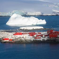 Política Antártica