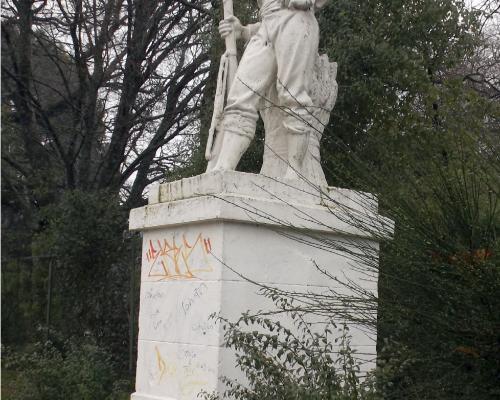 Imagen del monumento Roto Chileno