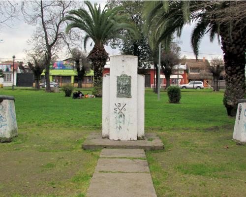 Imagen del monumento PLaza Luis Cruz Martínez