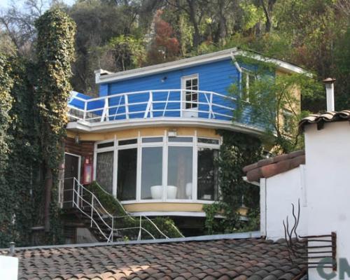 Imagen del monumento Casa de Pablo Neruda, ubicada en calle Fernando Márquez de la Plata N°019