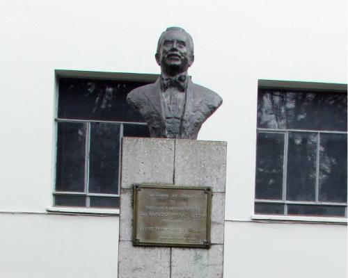 Imagen del monumento CLaudio Arrau