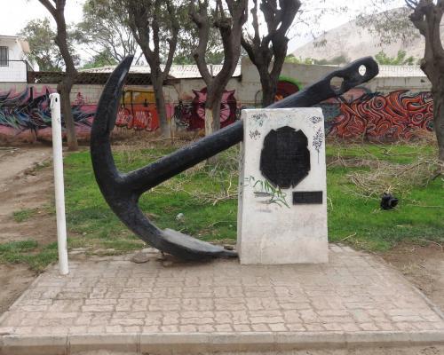 Imagen del monumento AncLa Conmemorativa Al Vice- Almirante Don Luis Uribe Orrego