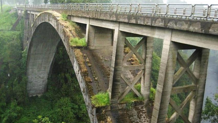 Imagen de Aprueban declaratoria de Monumento Histórico de Puentes Ferroviarios en Los Ríos