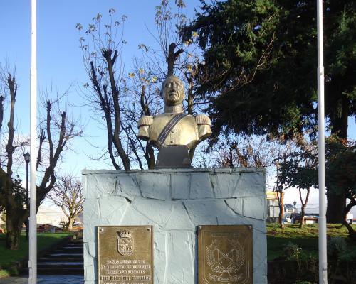 Imagen del monumento Luis Marchant González
