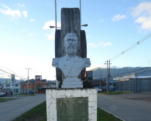 Imagen del monumento Huaso Bueras